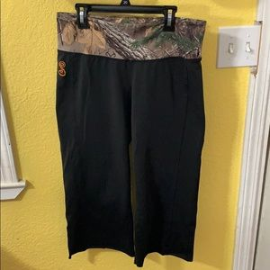 SHE Outdoor Cropped Yoga Pants